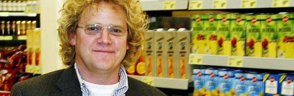 <b>ENEEIER:</b> Etter at onkelen og faren overførte aksjene sine til ham, er Johan Johannson (bildet) på papiret landets 3. rikeste, god for milliarder av kroner.