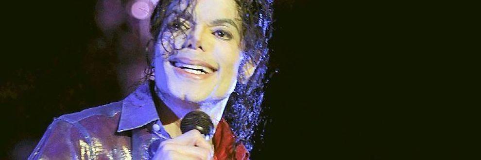 <b>NETT-KONGEN:</b> Michael Jackson opplever enorm popularitet på nett.