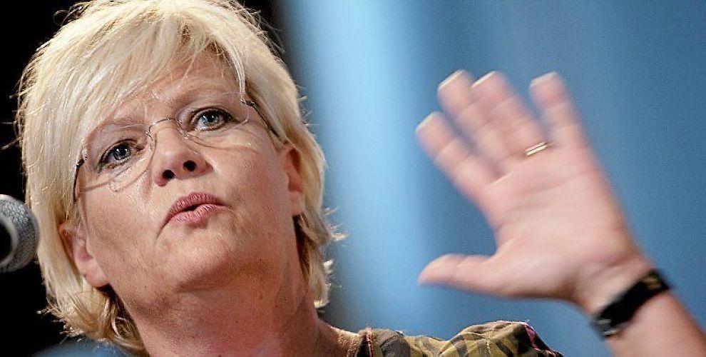 <b>VIL IKKE HA OVERVÅKER:</b> Finansminister Kristin Halvorsen utelukker det israelske selskapet Elbit Systems ut fra Oljefondet.