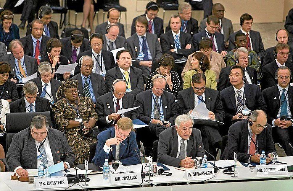 Møtene i IMF og Verdensbanken i Istanbul ble avsluttet i går. Herfra mandagens møte i Utviklingskomiteen, et av fora hvor de nyefremvoksende markedsøkonomiene vil få større plass.