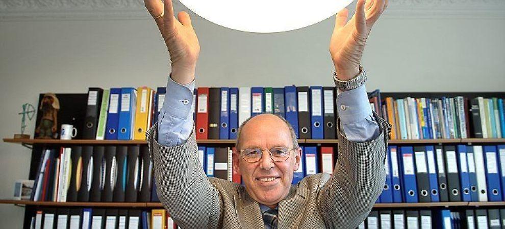 <b> FORSKNING OG INDUSTRI: </b> Gründer Alf Bjørseth har hatt god bruk for sin doktorgrad i kjemi og har med det gründet flere fornybare energiselskaper.