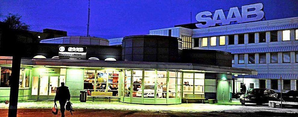 <B>REDDET ETTER GONGONGEN?</B> Nederlandske Spyker har lagt inn nytt bud på Saab - i trettende time.