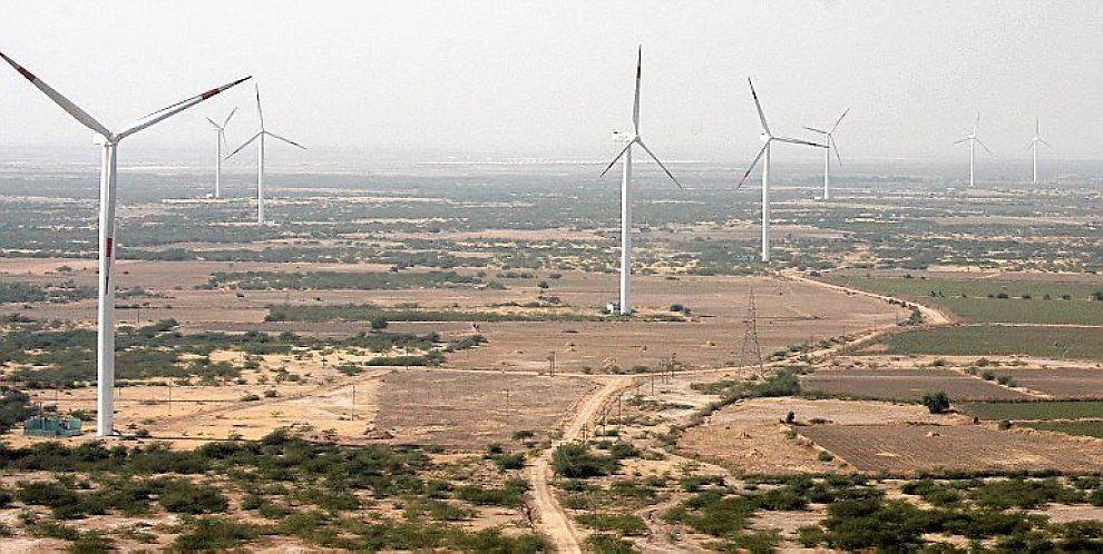 <B>VIND I SEILENE:</B> Byråkrater skal bestemme om vindmøller i India skal få klimakvoter, skriver E24s skribent.