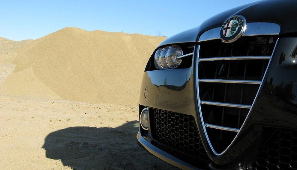 <b>NY GIV:</b> Fra en håndfull til tusen biler. Ny importør har store planer med Alfa Romeo.