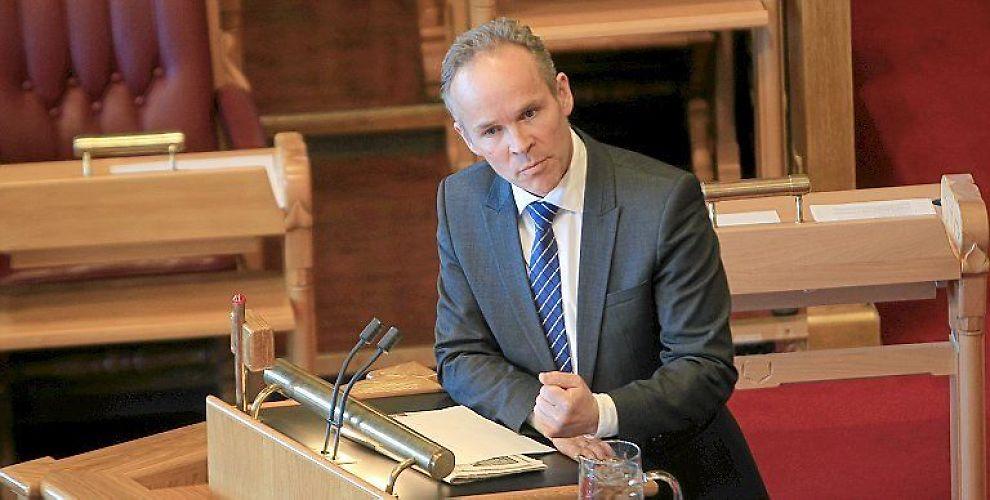 <b>-VANSKELIG MANDAT:</b> Høyres nestleder Jan Tore Sanner, medlem av finanskomiteen, mener det er problematisk at Norges Banks Hovedstyre står ansvarlig for både pengepolitikken og som kontrollorgan for SPU.