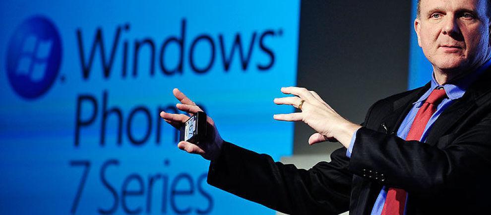 BRUKER MILLIARDER:  Microsoft og administrerende direktør Steve Ballmer vil bruke milliarder på å lansere Microsoft Windows 7 systemet.
