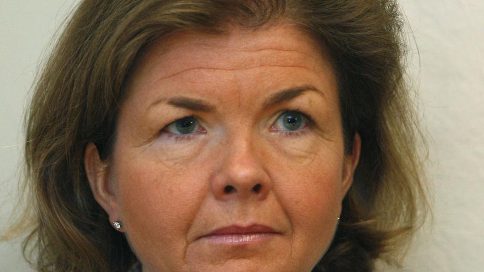 KRITISK: Direktør i Finanstilsynets regnskaps- og revisjonstilsyn, Anne Merethe Bellamy sier også norske revisjonsfirmaer kutter svingene.