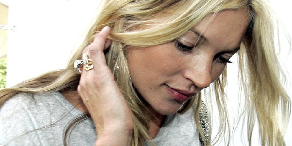 GIR DRAHJELP TIL NORSK FIRMA: Supermodellen Kate Moss skaper salgsboom for norske designere.