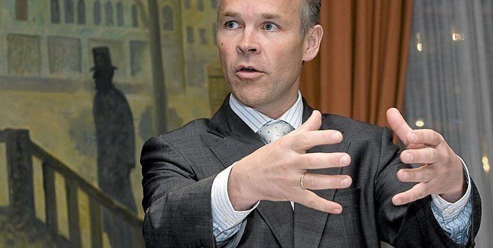 KRITISK: Jens Stoltenberg er opptatt av å ha noen store tall han kan vise til og mindre fokusert på realitetene, sier Høyres finanspolitiske talsmann Jan Tore Sanner.