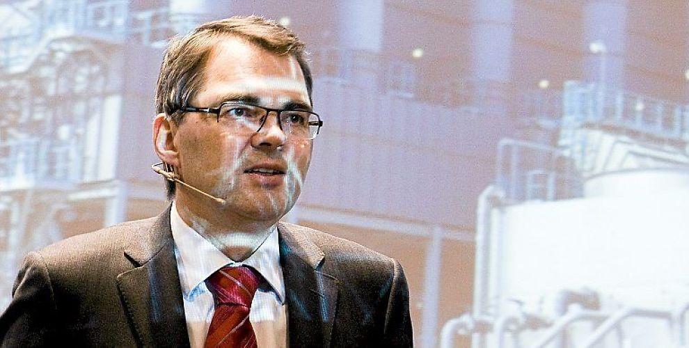 <p>I MÅL: Milliardavtalen mellom brasilianske Vale og Norsk Hydro er i mål. Her Hydros konsernsjef Svein Richard Brandtzæg.</p>