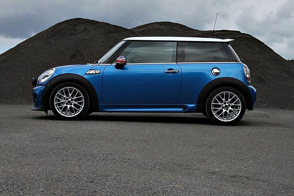 DIESELRAKETT: Når Mini kaller bilen Cooper SD, så hever det forventningene.