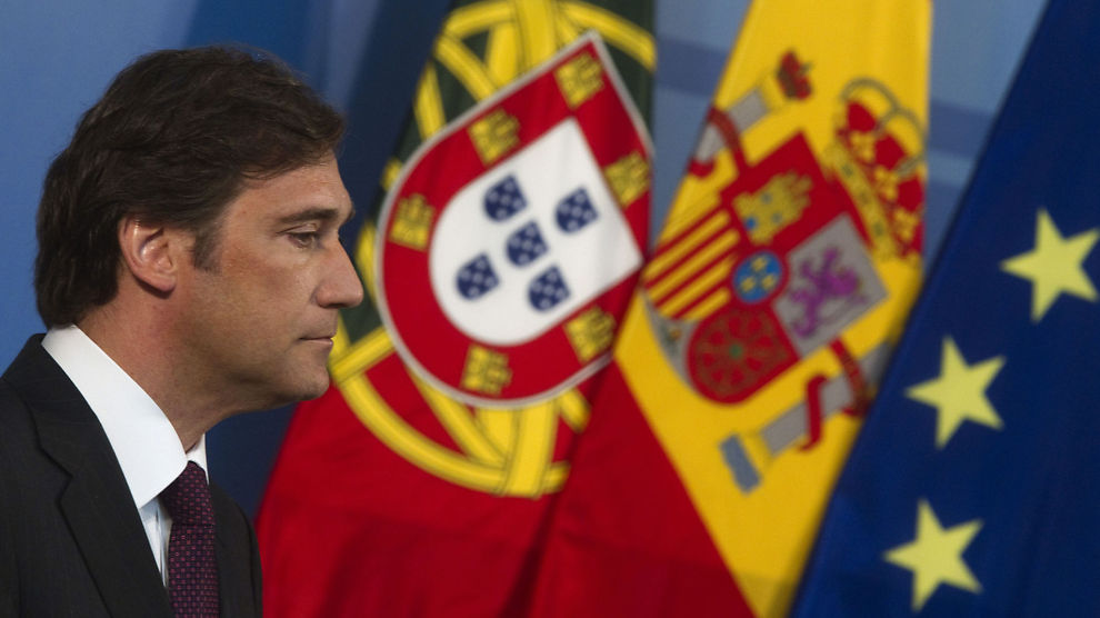 DÅRLIGE NYHETER: Statsminister Pedro Passos Coelho og regjeringen varsler at BNP vil falle betraktelig i andre halvår.
