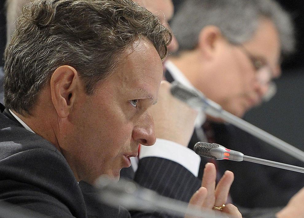 UENIG MED TYSKERNE: Den amerikanske finansministeren Timothy Geithner deltok 16. september på et møte med eurosonens finansministre og sentralbanksjefer i Wroclaw i Polen.