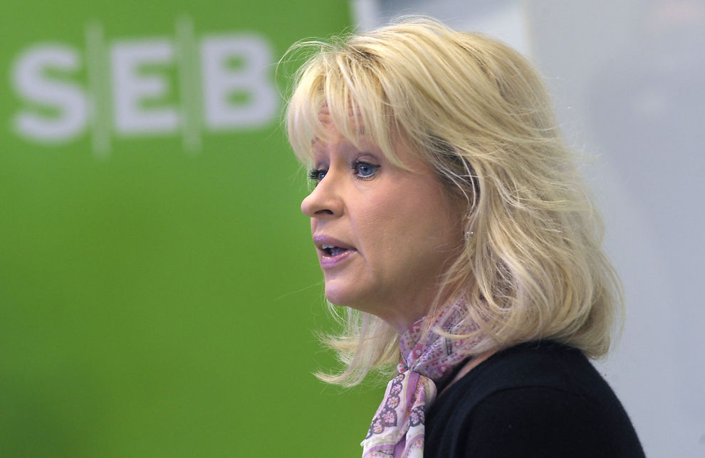 VIL TA ROBOTENE: - Fremveksten av lynrask «robothandel» i aksjemarkedet har svekket likviditeten på børsen, sier sjefen for SEB, Annika Falkengren. Nå tar hun til orde for regulering.