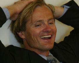 INGEN SUTRER: Milliardær Øystein Stray Spetalen håper bokprosjektet til Mimir Kristjansson går bra «så han bidrar til spleiselaget».