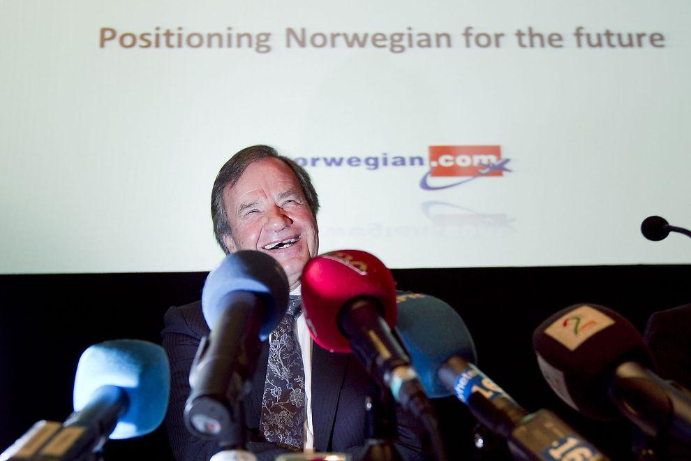 STOLT: Det var en synlig stolt Norwegian-sjef, Bjørn Kjos, som onsdag holdt pressekonferanse om flyselskapets kjempebestilling.