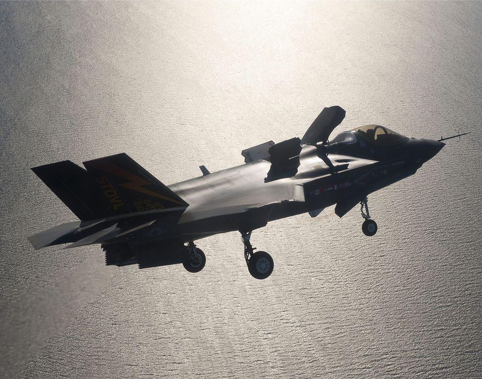 TVILER PÅ NORGE-LØFTE: Tidligere Pentagon-sjef tror ikke Norge får sine F-35 kampfly som lovet.