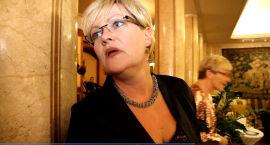IKKE KLOKT: SV-leder og utdanningsminister Kristin Halvorsen er klar på hva hun mener om sentralbanksjefens utspill. - Ikke klokt, sa hun etter talen.