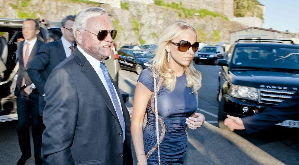 DATTEREN SITTER I STYRET: John Fredriksen sammen med datteren Cecilie Fredriksen som sitter i styret i Aktiv Kapital.