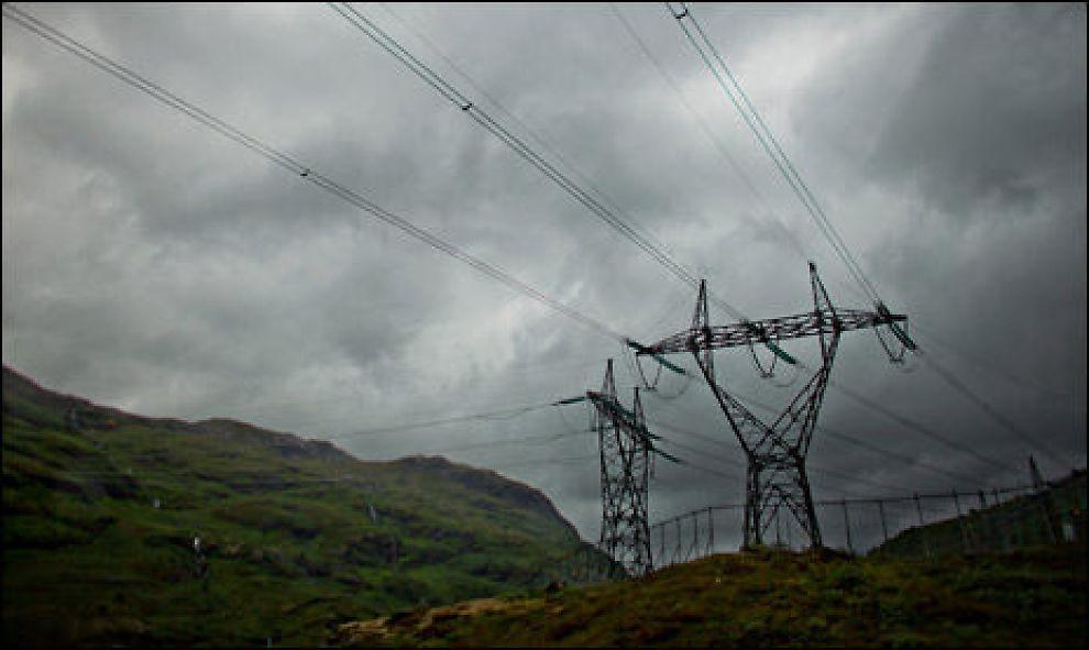 MILDT: Mildvær og regn gir lave strømpriser. Men velg riktig avtale og spar penger. Foto: Scanpix