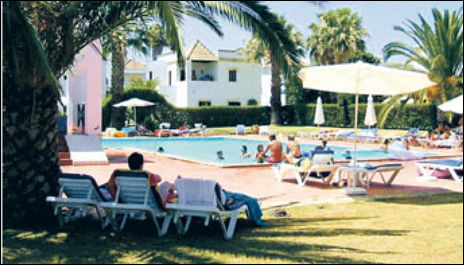 BILLIG: En leilighet i Cabanas, en liten ferieby ca 4 km øst for Tavira på Algarvekysten, kan du få for under 700.000 kroner. Foto:Finn.no
