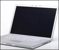 Å bruke laptopen 1 time koster deg ikke akkurat skjorta. Illustrasjonsfoto: colourbox.com