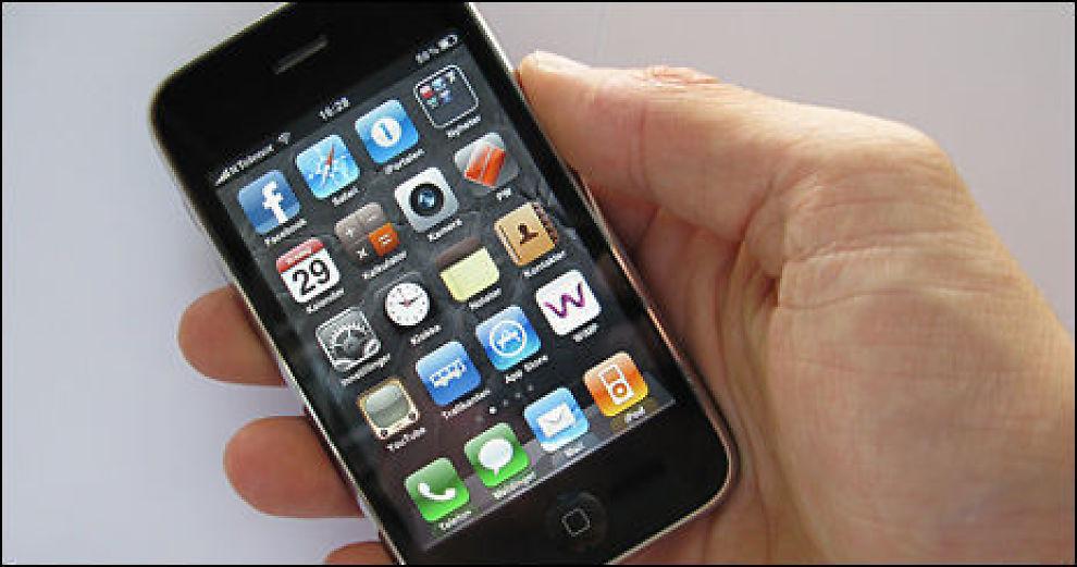 KLAGERETT: Går iPhonen din stykker, har du fem års reklamasjonsrett. Foto: Johan Nordstrøm, Dine Penger