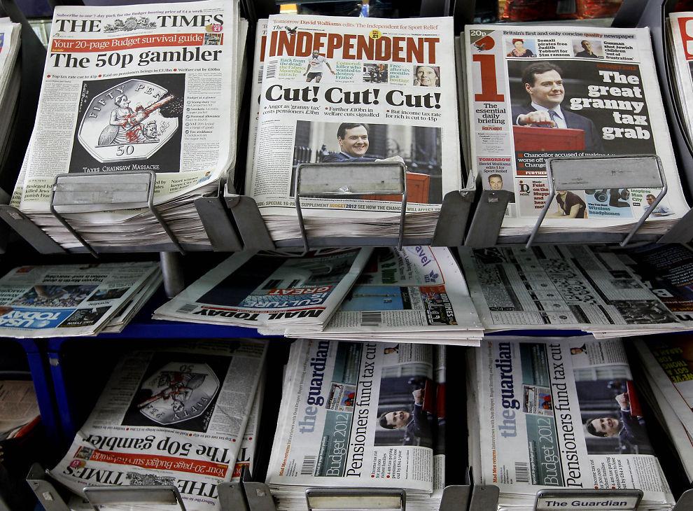 NEGATIVE: Britene har ikke høye tanker om fremtiden for økonomien. Her er avisforsider etter det seneste britiske budsjettforslaget som ble presentert denne uken.