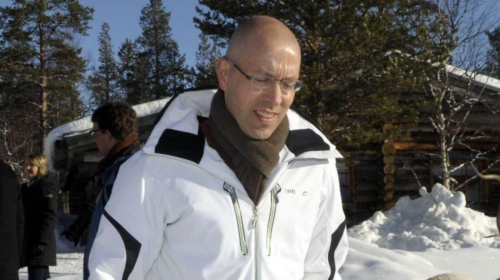 KAN IKKE FORVENTE MER LTRO-LÅN: Jörg Asmussen, styremedlem i Den europeiske sentralbanken, sier banknæringen ikke kan forvente en tredje runde med likviditet fra ESB. Her er han avbildet under et møte i Saariselka, Inari, Finland lørdag 24. mars 2012.