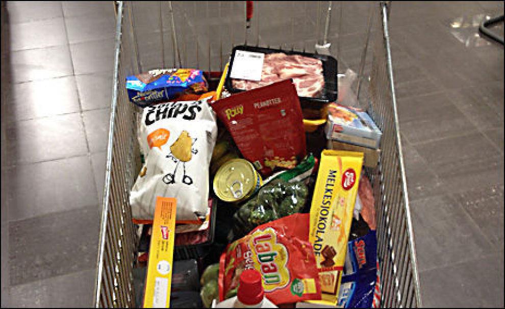 VELFYLT: VGs matbørs omfatter 80 varer hos åtte dagligvarekjeder. Foto: Sven Arne Buggeland.