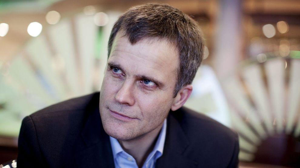 I SÆRSTILLING: Konsernsjef Helge Lund i Statoil og de andre toppene i selskapet får beholde sin pensjonsordning, selv om ordningen for de øvrige ansatte kuttes.<br/><br/>