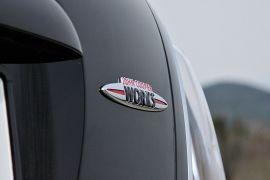 TRIMMING : I utgangspunktet var John Cooper Works et firma som trimmet Mini-er. Det ble kjøpt opp av BMW-gruppen, og er nå betegnelsen på de aller heftigste Mini-modellene.