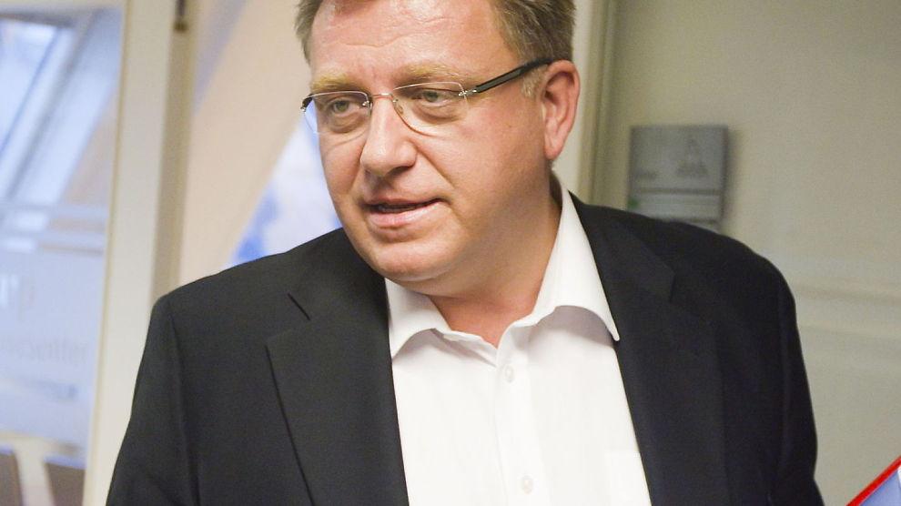 BYTTER BRANSJE: Geir Moe velger bort politikk for lastebiler, og blir administerende direktør i Norsk Lastebileier-Forbund.
