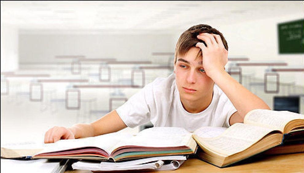 <p><b>ANGRER:</b> En undersøkelse fra Proffice viser at svært mange angrer på det studiet man har valgt.</p>