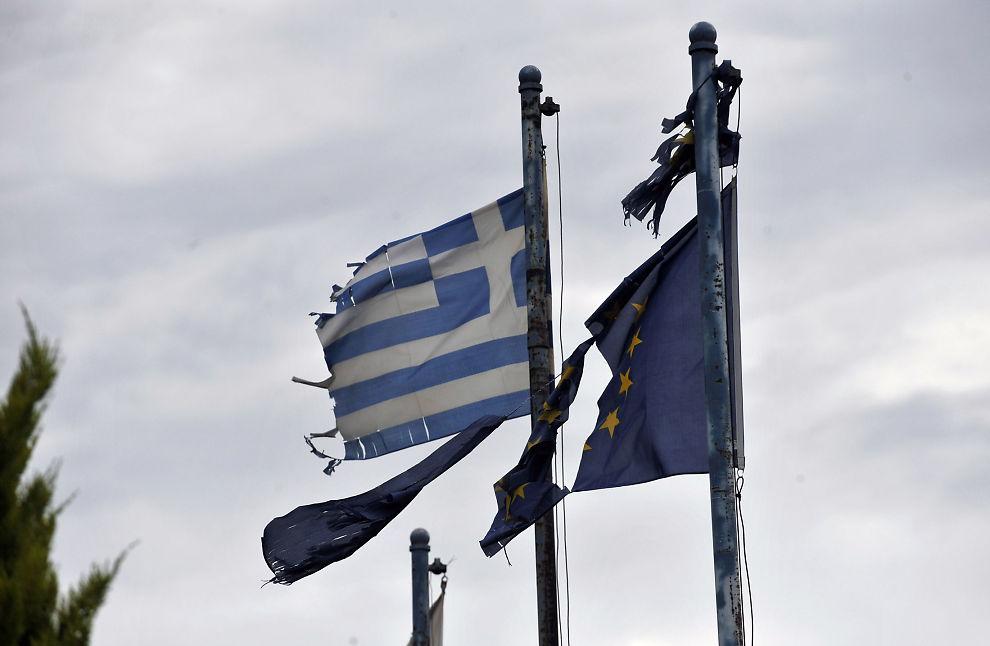 TYNNSLITT TILLIT: Grekernes manglende tro på egne banker sender en potensiell kjemperegning til tyske skattebetalere.