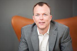 VANSKELIG SAK: Kommunikasjonsrådgiver Nils M. Apeland tror ikke Telenor vil oppleve kundeflukt etter innlegget, men mener innlegget ikke er god PR.