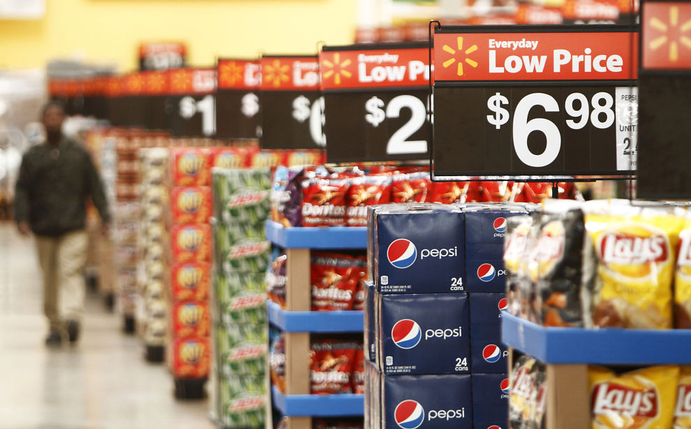 <p><b>MASSESØKSMÅL:</b> Flere av advokatene som var med i det gigantiske erstatningssøksmålet mot aktører i tobakksindustrien, er igjen samlet. Denne gang er det for å gjøre feilmerkede produkter til livs. Flere internasjonale gigantselskaper er saksøkt, deriblant leskedrikkprodusentene Pepsi og Cola.<br/></p>