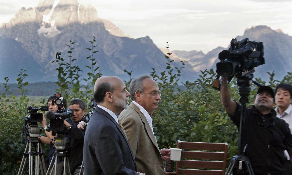 <p><b>FØLGES TETT:</b> Sentralbanksjef Ben Bernanke skal tale i Jackson Hole i kveld, og mange - ikke minst i finansmarkedet - følger sentralbanksjefen tett.<br/></p>