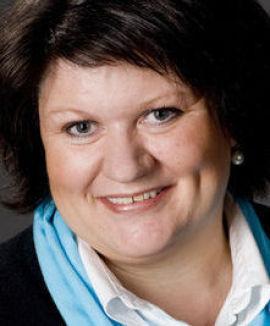 <p><b>STOLT:</b> Ordfører i Ringsaker kommune Anita Ihle Steen er godt fornøyd med etableringen av Ikea, og frykter ikke at møbelkjempen skal utkonkurrere lokale aktører. </p>