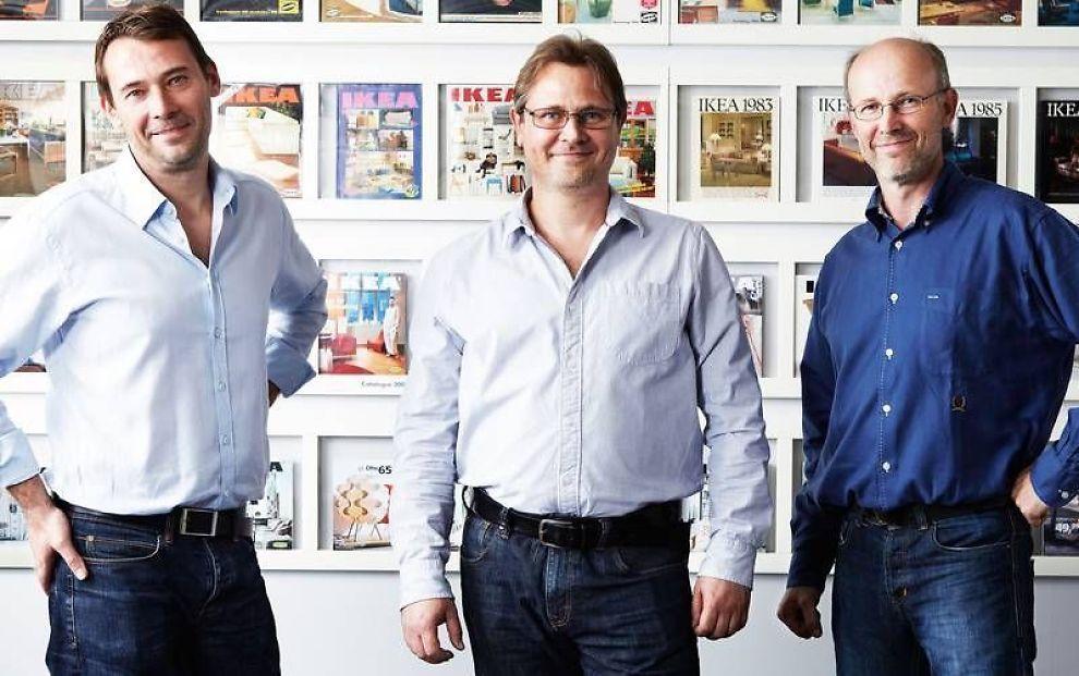 <p><b>NYE TIDER:</b> De tre sønnene Jonas, Mathias og Peter til IKEA-gründer Ingvar Kamprad skal nå ta over ledelsen i IKEA sammen. Dermed må de i motsetning til faren dele på makten broderlig.<br/></p>