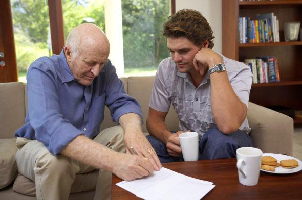 """<p><b>Familielån:</b> En smart måte å finansiere bilkjøpet kan være å låne i familien. <b>Les mer om hvordan du organiserer familielån i praksis:</b><a href=""""http://www.dinepenger.no/article/20242288"""" title=""""Familien: Din nærmeste bank"""">Familien: Din nærmeste bank</a></p>"""