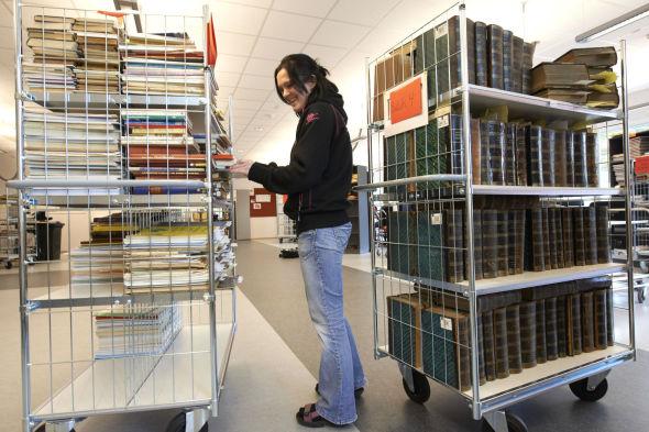 <p><b>250.000 bøker:</b> Totalt er det skannet inn over 250.000 bøker.</p>