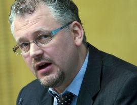 <p>Statssekretær Roger Schjerva (SV) i Finansdepartementet.<br/></p>