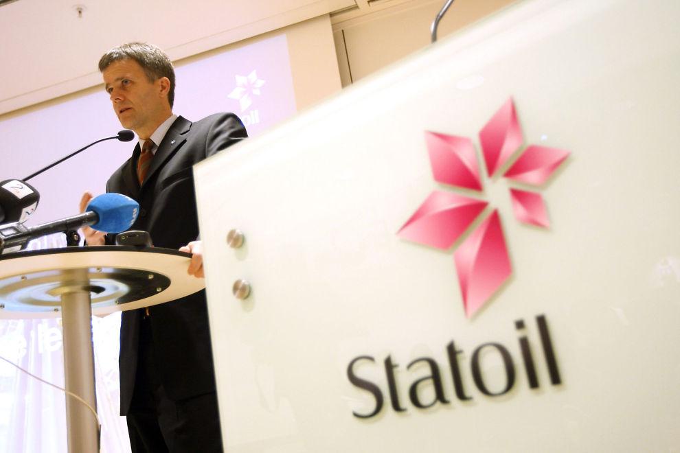 <p><b>VURDERER UTFLAGGING:</b> Nye skatteregler gjør at Statoil nå vurderer å flytte arbeidsplasser ut av Norge. Bildet viser Statoil-sjef Helge Lund</p>