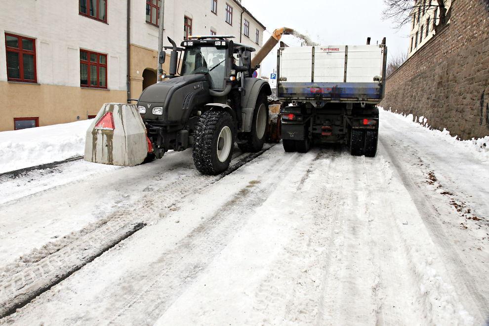 <p><b>KONKURS:</b> Oslo Vei slår seg selv konkurs. Oslo Vei står blant annet for snørydding i Oslo.<br/></p>