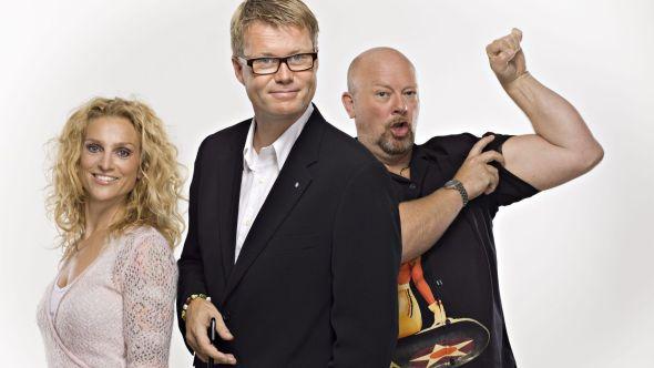 <p>UVISST: Radio Norge med Henriette Lien, Øyvind Loven og Geir Schau, kan tas av luften om de ikke Discovery vil ut med 600 millioner i nytt dab-nett.</p>