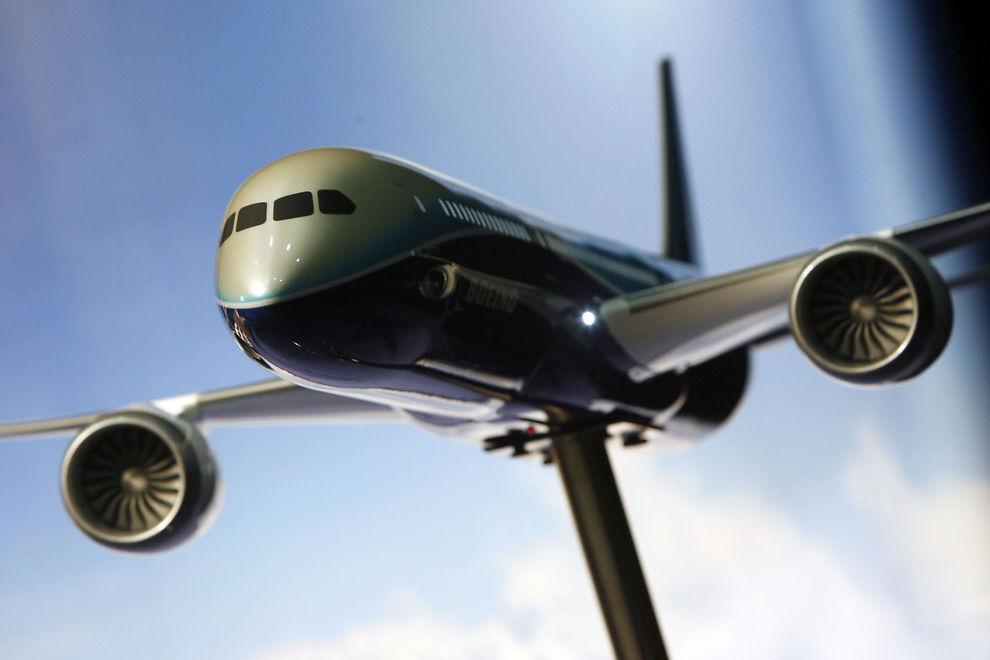 <p><b>DREAMLINER-MARERITTET:</b> Forventningene er store til Boeings nye fly, og blant annet Norwegian har kjøpt fly som nå er på vent etter flere nestenulykker med flyene.</p>