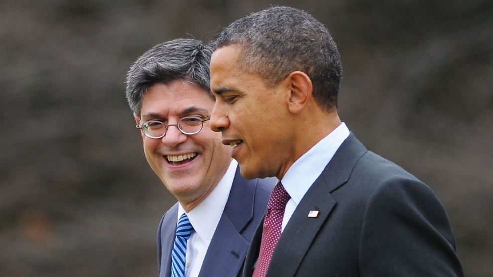 <p><b>JA TIL MER LÅN:</b> President Barack Obama går tur med White House Chief of Staff Jack Lew, og Obama skal være lettet over at gjeldstaket kan heves.<br/></p>