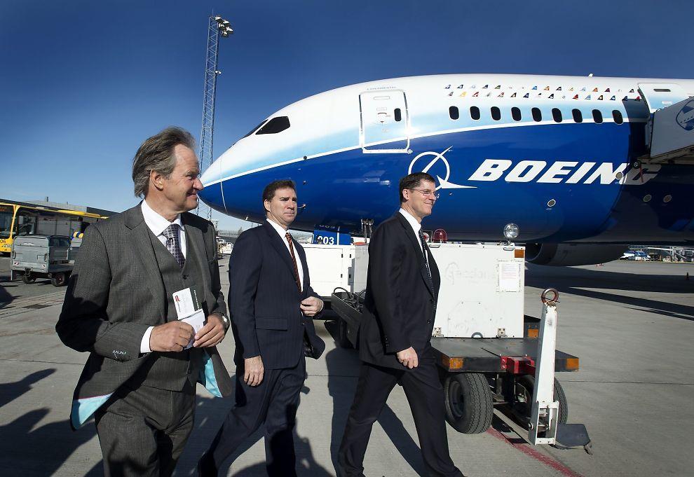 <p><b>MÅ LEIE INN LANGDISTANSEFLY:</b> - Jeg har stor forståelse for at kundene våre som har sett frem til å fly Dreamlineren de første ukene er skuffet over denne nye beskjeden, sier administrerende direktør Bjørn Kjos.<br/></p>