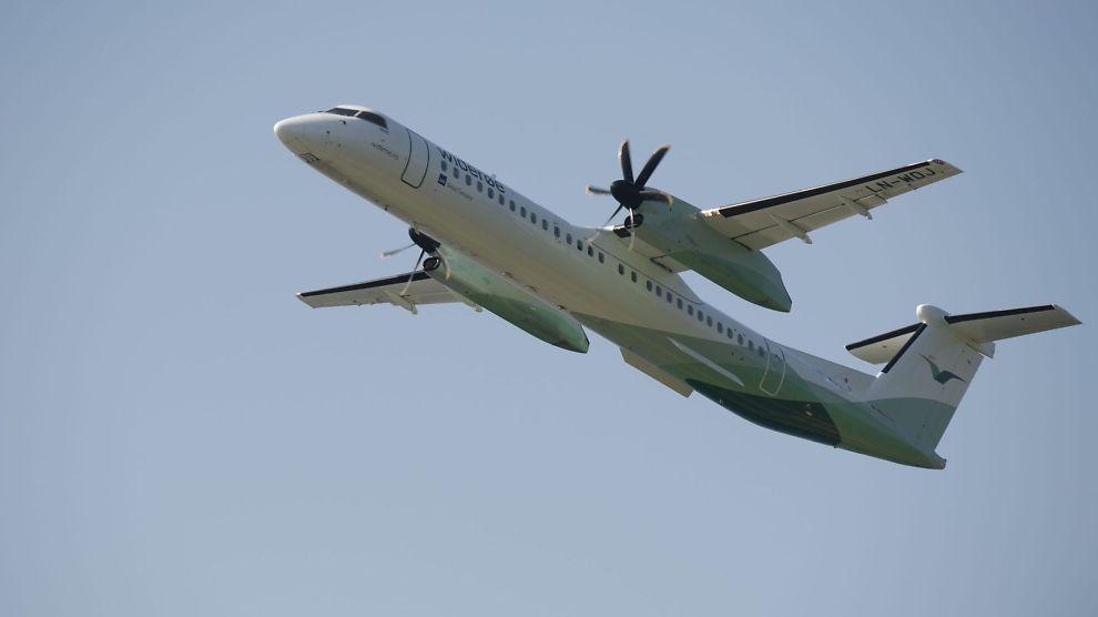 <p><b>FLYR HØYT:</b> Widerøe for fortsette sine flyvninger i nord.<br/></p>